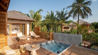 ZURI Two bedroom Villa jacuzzi